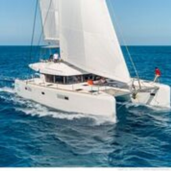 WHITE PEARL Sailing catamaran in the Greek Islands