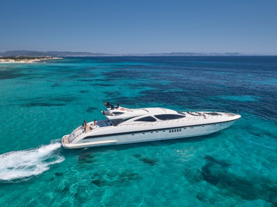 SHANE - Mangusta available in Ibiza