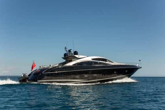 Sunseeker Predator HOOLIGAN