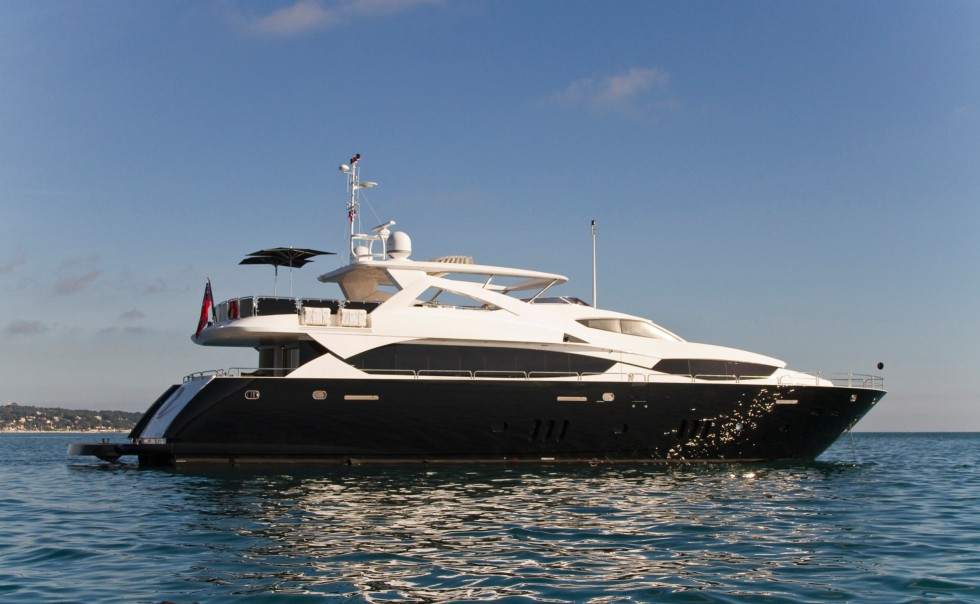 black and white yacht for charter on the french riviera