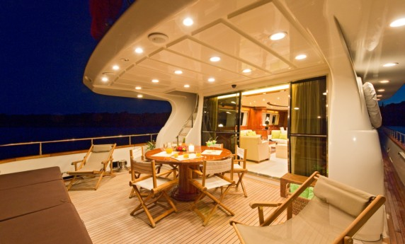 YLANG YLANG - 5 cabin yacht availalbe on the French Riviera