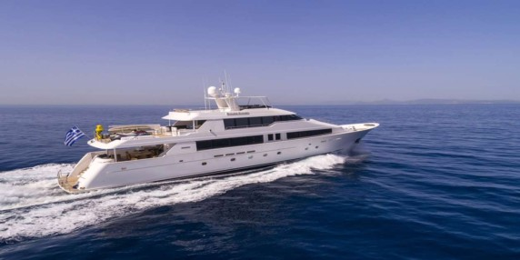 ENDLESS SUMMER Luxury yacht for charter in Athens - Mykonos - Greece