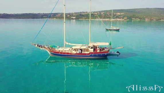 Gulet Alissa available in Sardinia and Corsica