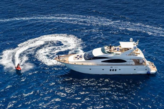 Iris - yacht for charter in Greece
